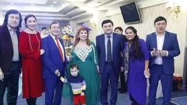 78 жасқа толған Ескендір Хасанғалиев Алматы төрінде дүркіретіп той жасады (фото)