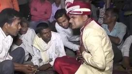 Жениха застрелили прямо на свадьбе в Индии