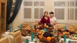 Алтынай Жорабаева хан сарайындай үйін көрсетіп, елді қызықтырып қойды (видео)