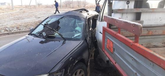 Два автомобиля столкнулись на дороге