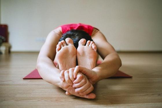 Судороги в ногах: причины, симптомы, как лечить