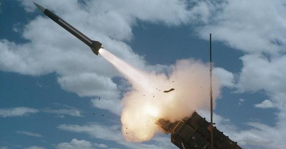 СМИ: Военную базу на севере Ирака обстреляли