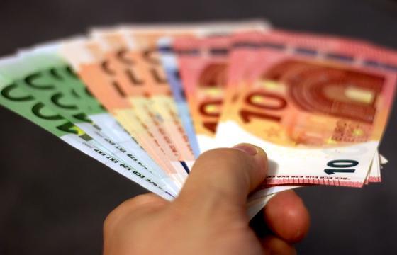 ЕС выделит 20 млрд евро на борьбу с коронавирусом за пределами Европы