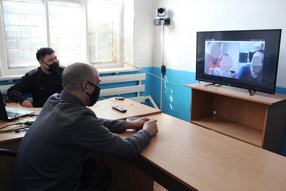Казахстанскому осужденному за убийство жены позволили назвать племянницу