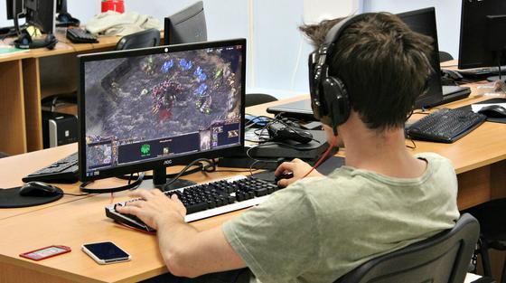 Финал по Starcraft II пройдет в Алматы 17 декабря (видео)