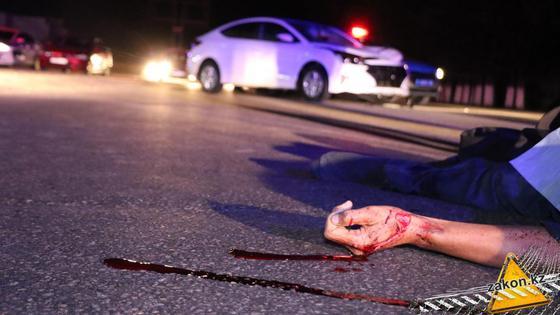 Выбежал из кустов: мужчину насмерть сбила машина в Алматы (фото)