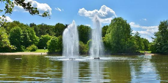 Причину окрашивания воды в зеленый цвет назвали в Карагандинской области