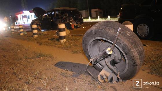 Колесо оторвало у машины в результате ДТП