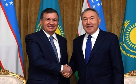 Шавкат Мирзиеев және Нұрсұлтан Назарбаев. Фото: Sputnik Қазақстан