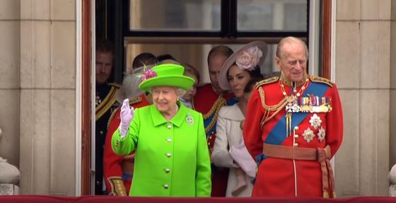 Королева Елизавета II с принцем Филиппом