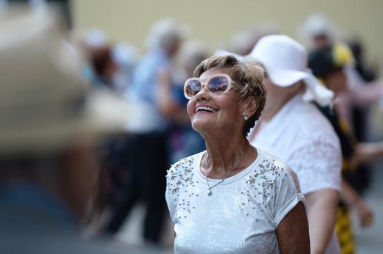 Генетики выяснили, почему женщины живут дольше мужчин