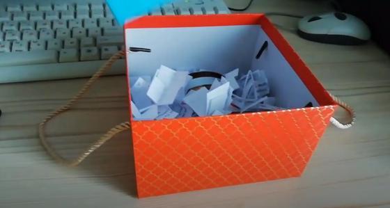 Подарочная коробка с записками