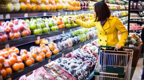 Акимат: Цены на продукты в Алматы в праздники остаются стабильными