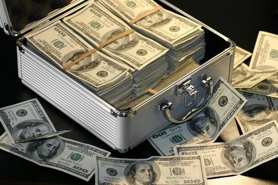 """Вдохновляющие и мотивирующие книги для саморазвития: """"Деньги"""""""