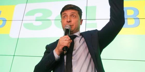 Владимира Зеленского предложили посадить в тюрьму за использование русского языка