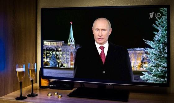 """Новогоднее поздравление Путина посчитали """"дерзким"""" и """"вызывающим"""" по отношению к Западу"""