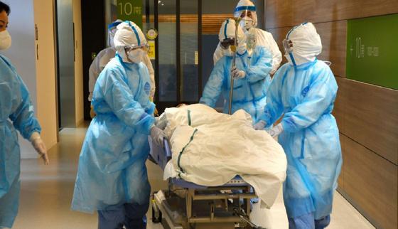 Первое заражение коронавирусом подтвердили в Москве