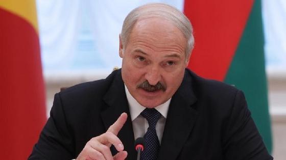 """Лукашенко признался, что он """"тот ещё матерщинник"""""""