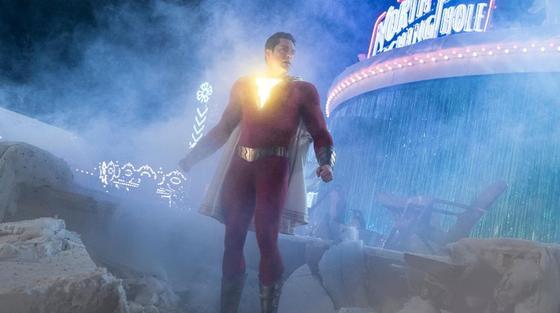 """""""Хочешь спасти мир? Скажи…"""": предпоказ фильма о супергерое Шазам прошел в Алматы"""