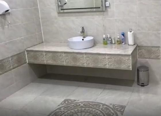Туалет в кабинете ректора семейского вуза