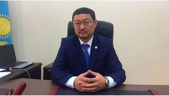 Глава комитета языковой политики освобожден от должности