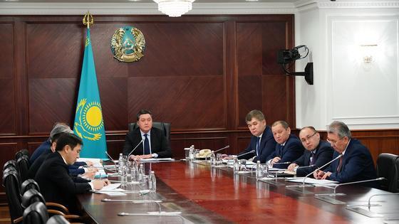 Крушение самолета в Алматы: семьи погибших получат по 4 млн тенге