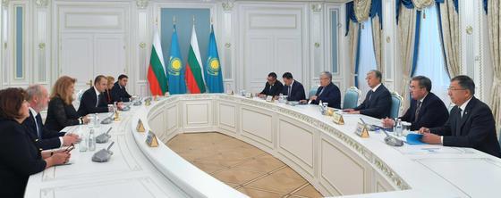 Токаев встретился с вице-президентом Болгарии