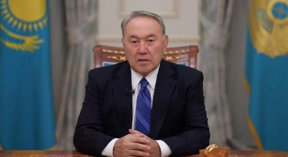 Назарбаев қазақстандықтарды Ораза айт мейрамымен құттықтады