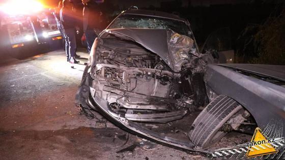 Один из пострадавших в аварии автомобилей
