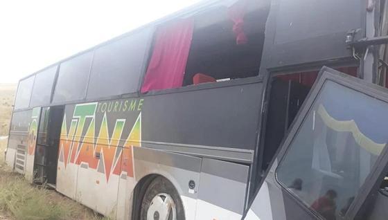 26 детей пострадали в аварии с автобусом в Алматинской области