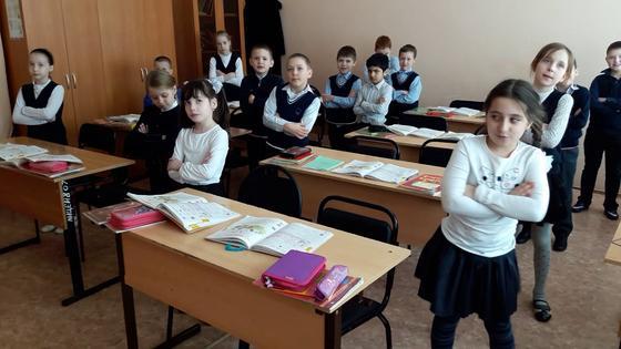 Физминутки для начальных классов в стихах