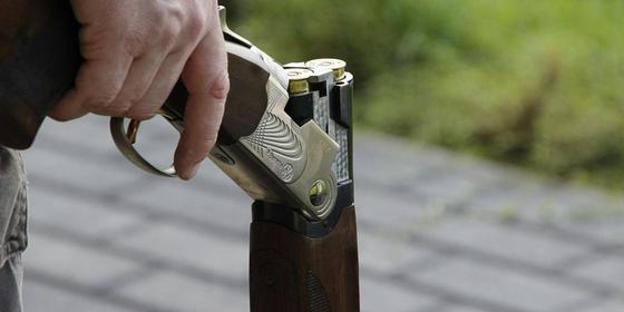 Стрелявший по рабочим акимата экс-чиновник просит разрешить пить алкоголь в Караганде