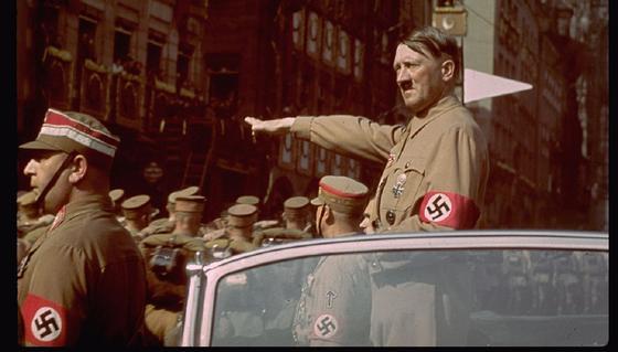 Опубликовало донесение Жукова Сталину о самоубийстве Гитлера