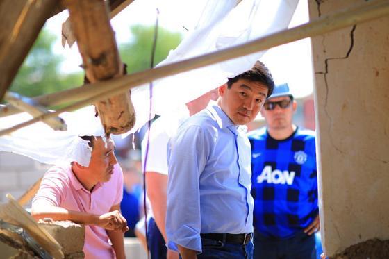 Бауыржан Байбек встретился с жителями города Арыс