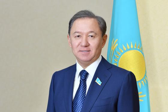 Нигматулин поздравил казахстанцев с Пасхой