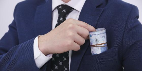 Банкир обманул своих коллег на миллионы тенге в Актобе