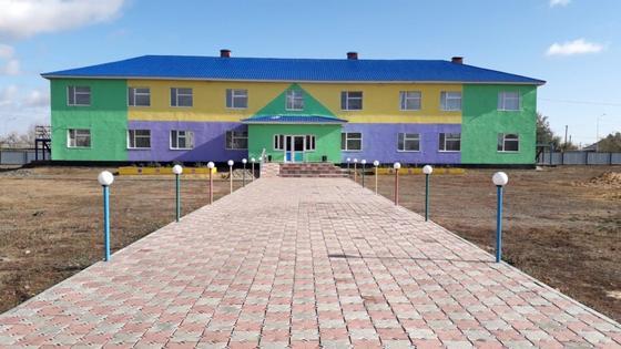Школа в Бестобе