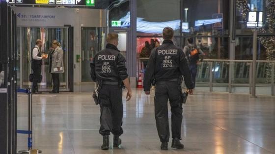 Угрозу из-за риска теракта объявили в аэропортах Германии