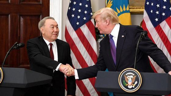 """Назарбаев рассказал о """"химии"""" в отношениях с Трампом"""