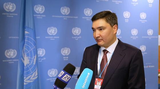 Олжас Бектенов освобожден от должности в Агентсве по делам госслужбы
