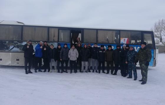 Хоккеисты из Актобе застряли в снежном заносе