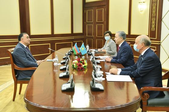 Нигматулин встретился с послом Азербайджана в Казахстане