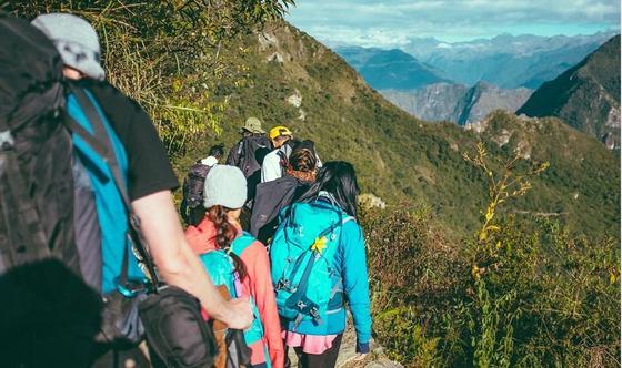 Токаев: Число иностранных туристов в Казахстане должно вырасти до 9 млн