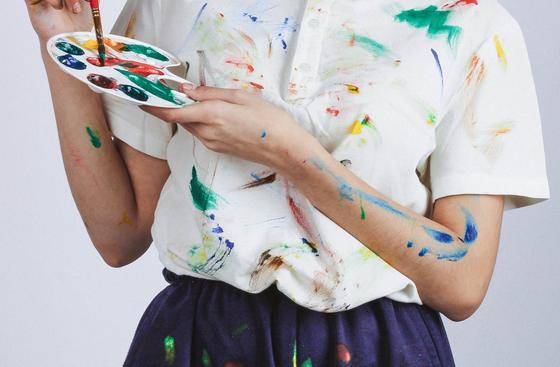 Испачканная краской одежда