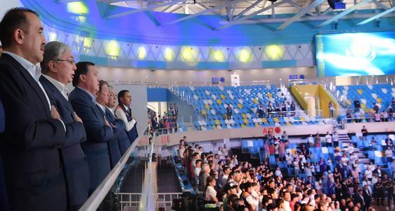 Токаев посмотрел бои в новом Дворце единоборств «Jekpe-Jek» в Нур-Султане (фото)
