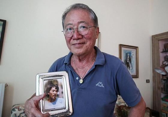 Родители 31 год ухаживали за безнадежным сыном в коме, но он так и не очнулся