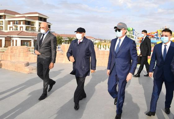 Назарбаев в Актау