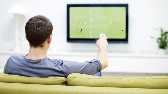 Новую опасность просмотра телевизора назвали ученые