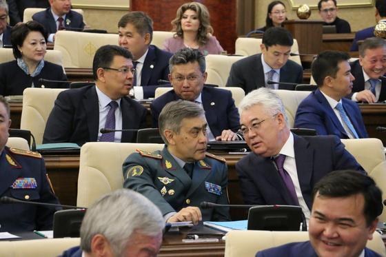 Совместное заседание палат парламента пройдет в Нур-Султане