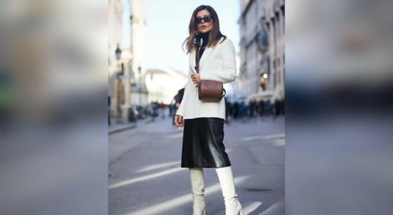 Модно одетая девушка в городе